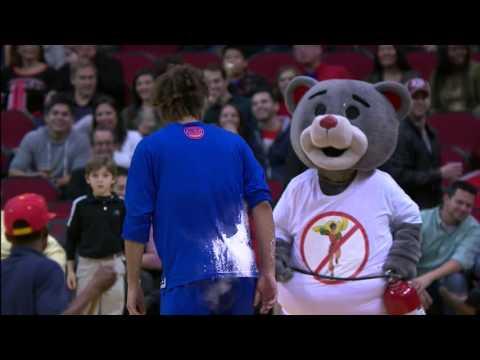 Robin Lopez Takes Down Clutch The Bear