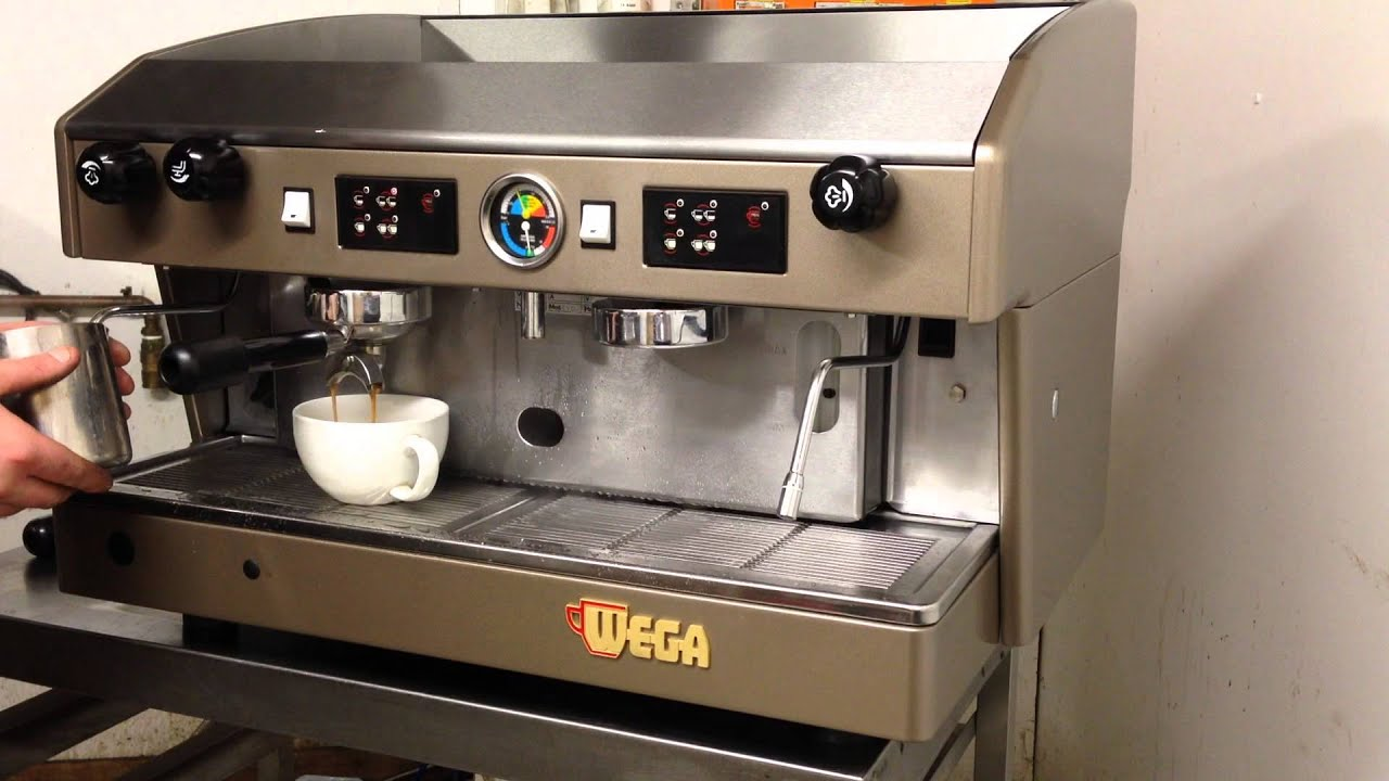 refurbished wega atlas espresso coffee machine youtube. Black Bedroom Furniture Sets. Home Design Ideas