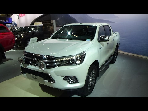 2017 Toyota Hilux Double Cab Lounge - Exterior and Interior - Auto Show Brussels 2017