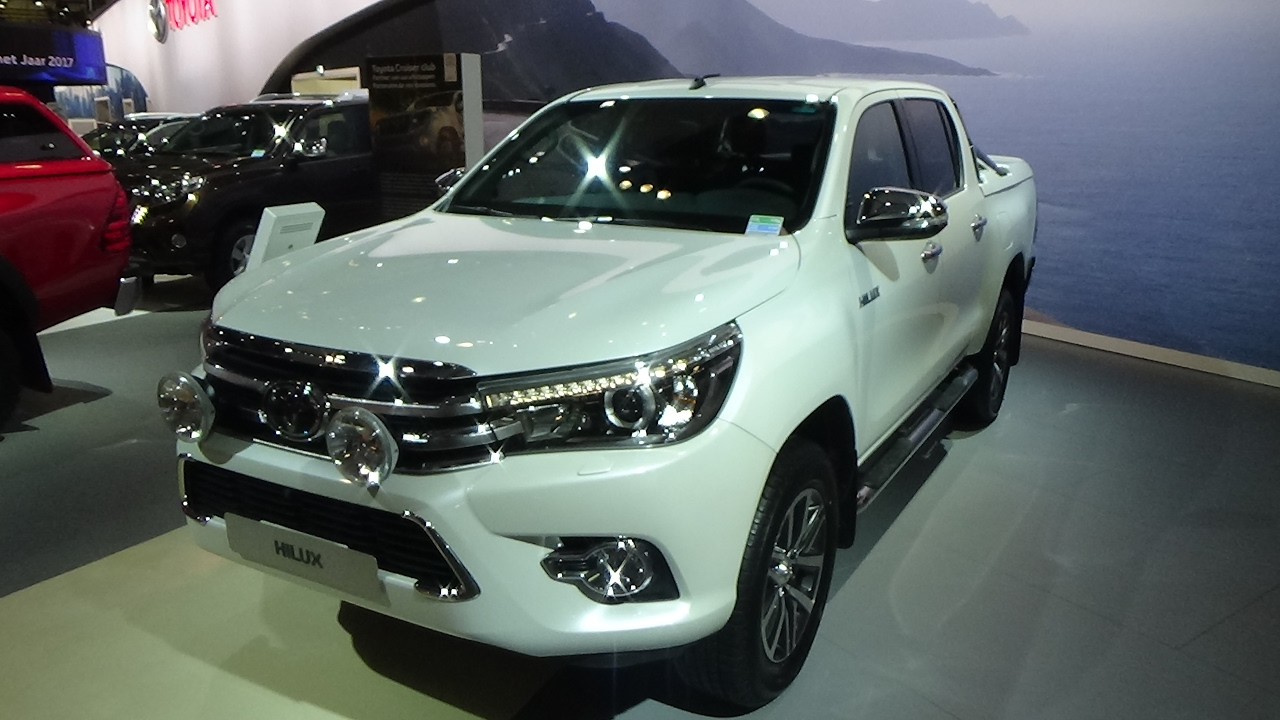 2017 Toyota Hilux Double Cab Lounge Exterior And Interior Auto Show Brussels