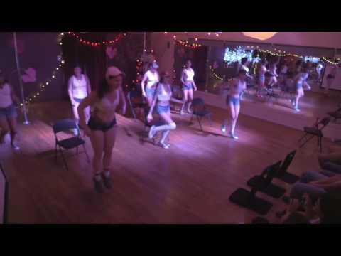 Conscious Burlesque Workshop: Group Dance