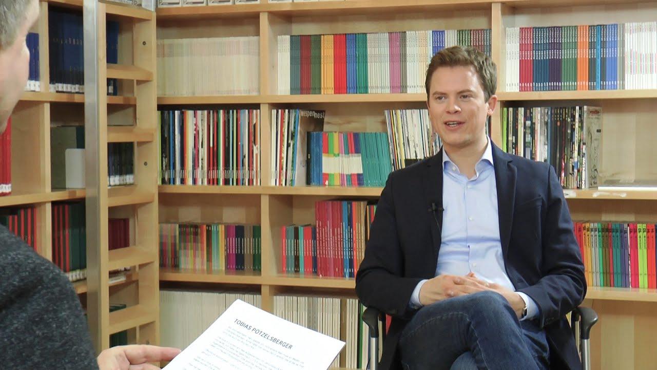 """""""Hart aber herzlich, das ist mein Stil."""" Tobias Pötzelsberger im Gespräch mit Günter Kaindlstorfer"""