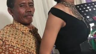 Penyanyi dangdut hot