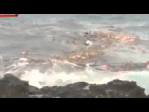 Asylum boat crashes off Christmas Island