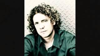 Daniel Taylor(countertenor) - Petits Chanteurs du Mont-RoyalCanada)Ave Maria