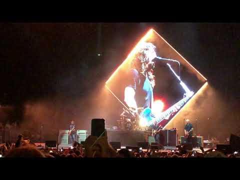 Foo Fighters- Hero- Tampa, Florida 04/25/18 Midflorida amphitheatre