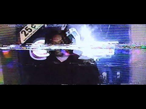 Chris Travis & Bones - Loading..