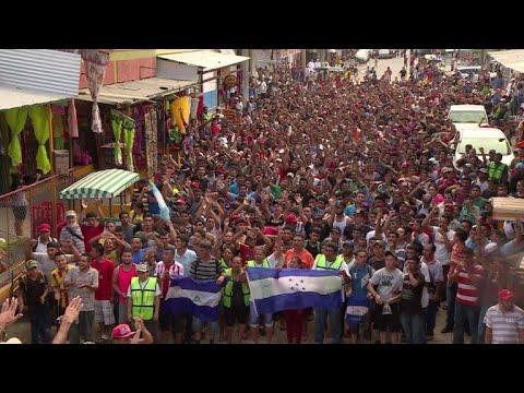 afpbr: Hondurenhos comemoram chegada ao México