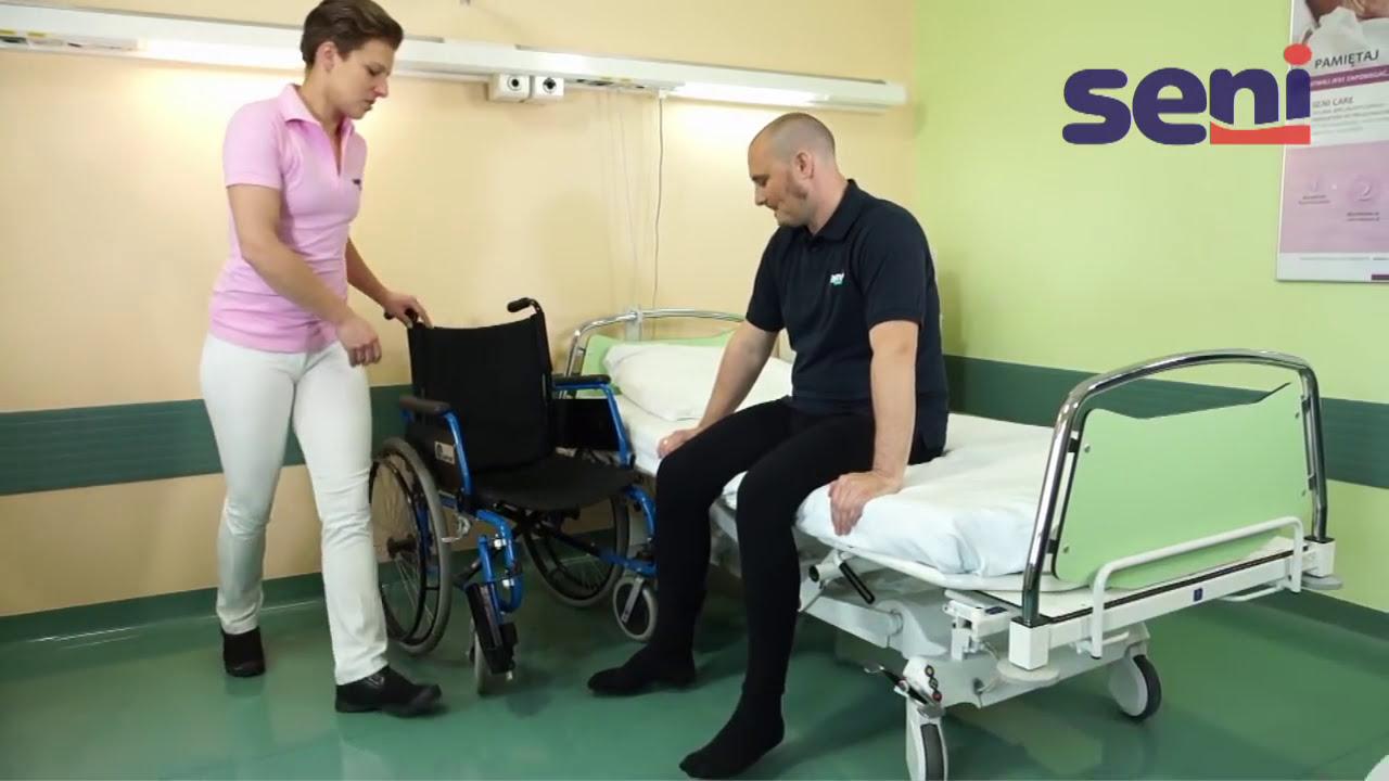 Pl 03 Przemieszczanie Pacjenta Z łóżka Na Wózek Przy Stabilizacji Kolana Tzmo Group 0136 Hd