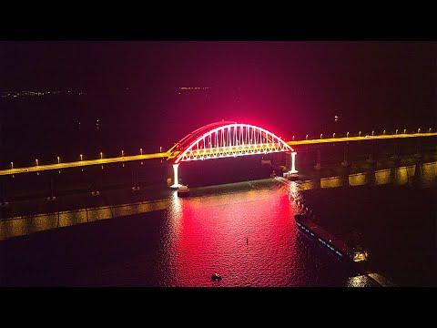 """""""Весь мир хохочет над хохлами"""": как украинцы заврались о Крымском мосте?"""