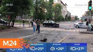Водитель перевернувшегося внедорожника набросился на участников аварии - Москва 24