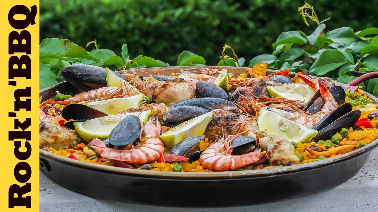 Watch The Secret to Mastering Paella: Cooking Over a Wood-Burning Fire video