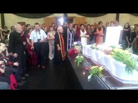 новодворская фото похороны