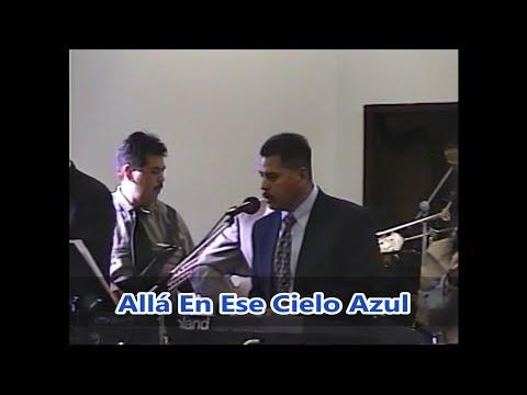 Grupo Zielo - Allá En Ese Cielo Azul (Playing At Their Mom's Funeral)