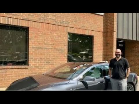 Tesla owner describes negative experience with his car