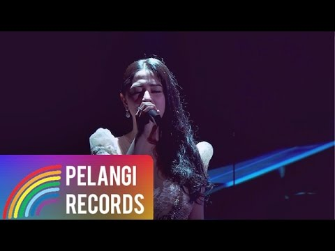 Dewi Perssik - Dilema  (Official Music Video) | Soundtrack Centini Manis