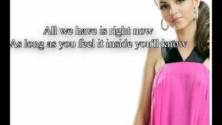Victoria Justice - Make It Shine - Lyrics on Screen