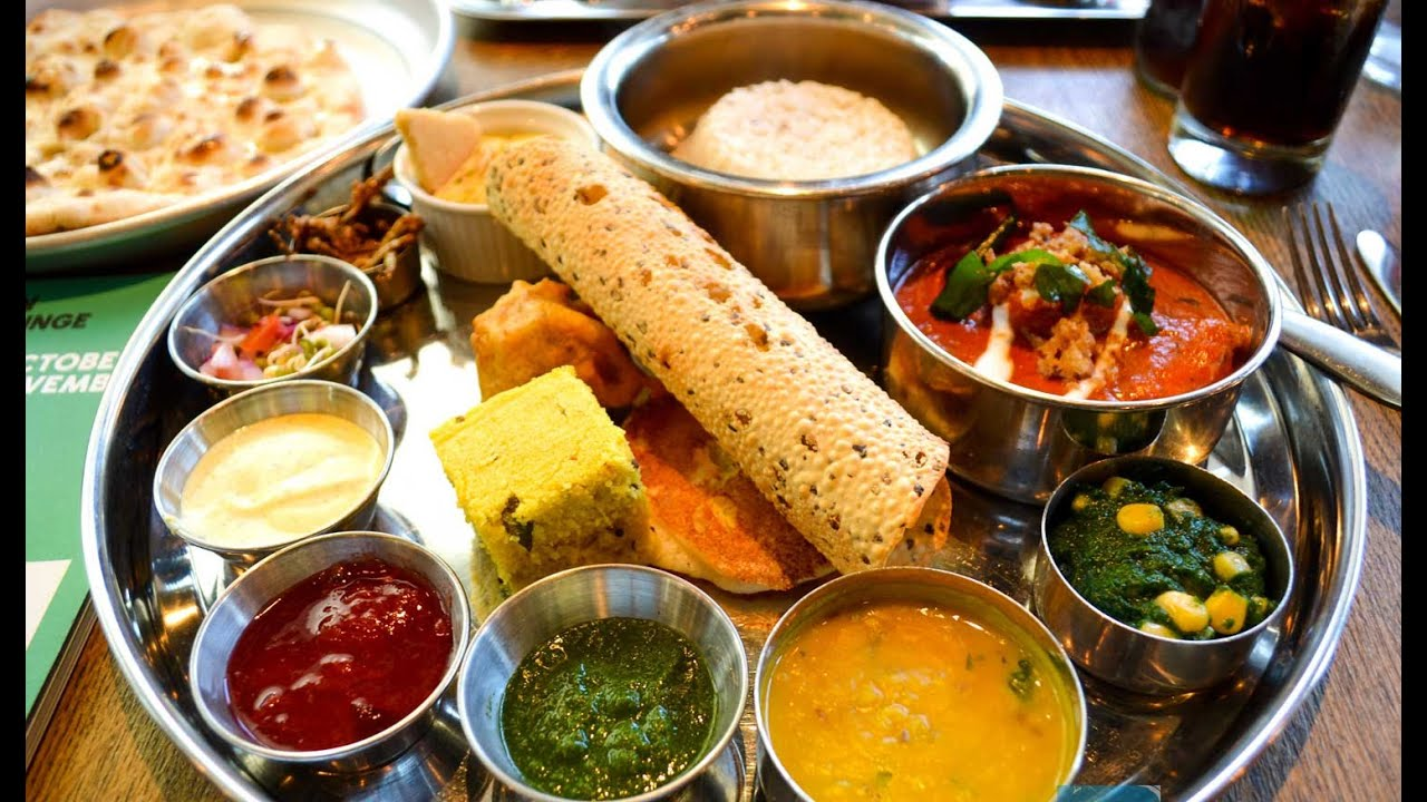 Places To Eat In Pune | Puneri Dhol | pune foodie | Explore Places In Pune | Foodie | Altering Apex