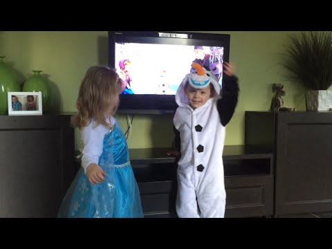 "Funny frozen twins tell Mummy to ""Go Away Anna"""