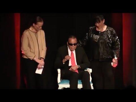 Muhammad Ali awarded Grawemeyer Spirit Award