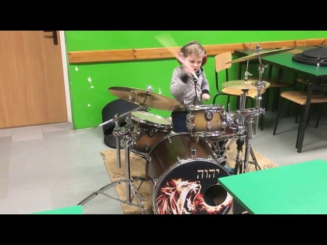 TRIPLET DRUM LESSON FOR 5 YEAR OLD : )