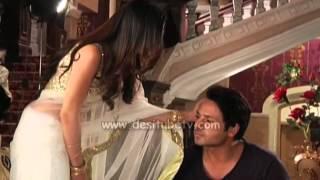 Download Video Tumhari Pakhi - Anshuman Rathore & Pakhi taking divorse only because of Sari MP3 3GP MP4