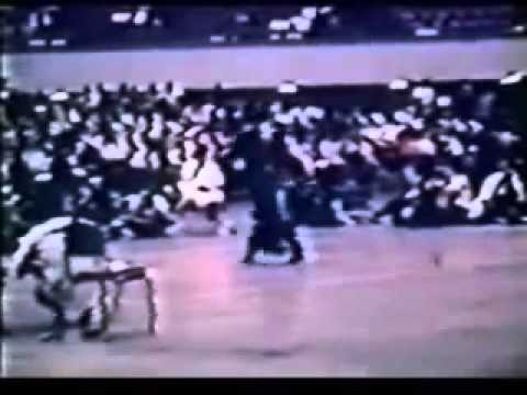 Bruce Lee vs Victor Moore (Sparring Demo, 1967 Int. Karate Tournament)