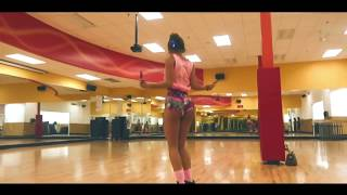 Life of sommer ray twerking jump rope