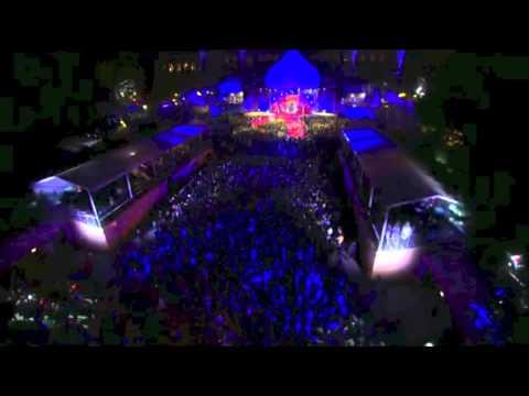 Roberto Cavalli   Life Ball 2013 Fashion Show