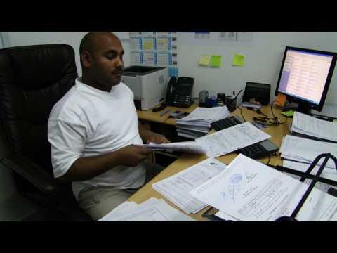 RAJA FAISAL AND ALI IMAM IN OFFICE SAUDI ARABIA.MP4