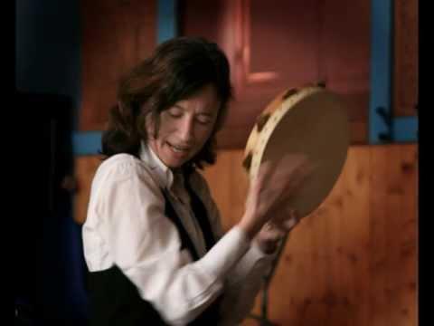 Se Canta - Delphine Aguilera - Annie Flore Batchiellilys