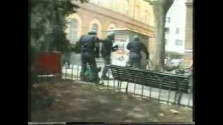 Genova 2001 G8...immagini forti.