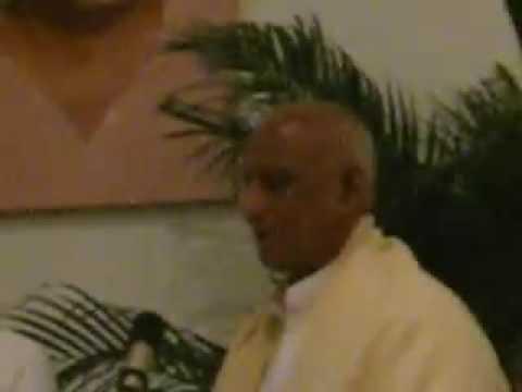 Mantrarezitation Mit Shri Karthikeyan