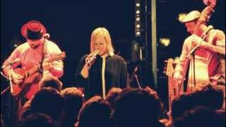 Quantic & Alice Russell with the Combo Barbaro - Su Suzy (Live)