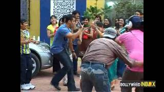 Salman Khan In Tarak Mehta Ka Oolta Chashma for Movie Ready promotion.mp4