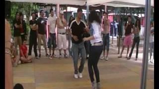 Видео: JHONATAN E LIDYA BACHATA DOMENICANA