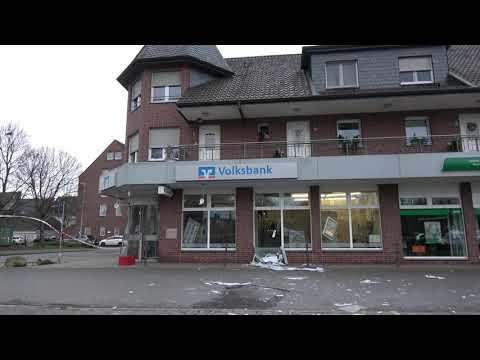 Ubach Palenberg Geldautomat Der Volksbank Gesprengt Youtube