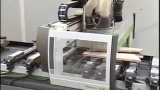 Производство серийных деревянных лестниц Profi&Hobby(Фрагмент технологического процесса по производству готовых деревянных лестниц на пяти осевом обрабатыва..., 2010-10-22T09:53:38.000Z)