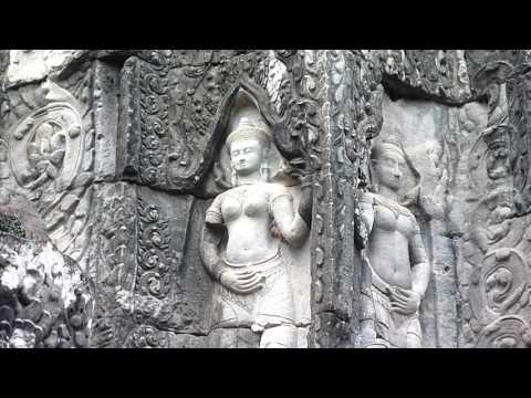 Siem Reap  ~ Ta Prohm Temple