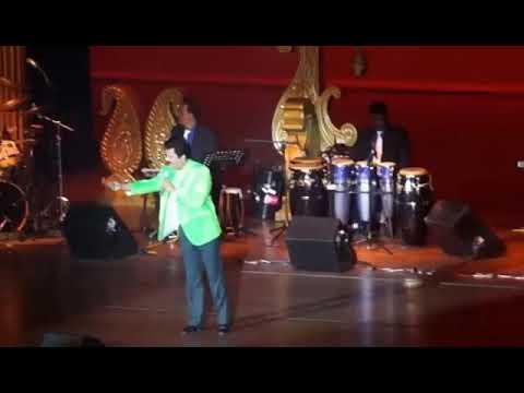 Pahla Nasha Pahla Khumar Live Concert By Orignal Singer Udit Narayan