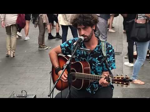 *NEW* Chris Isaak, Wicked Game (Cover) - busking in the Streets of London, UK