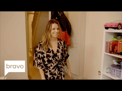Ladies of London: Tour Juliet Angus' London Home – And Closet (Season 3) | Bravo