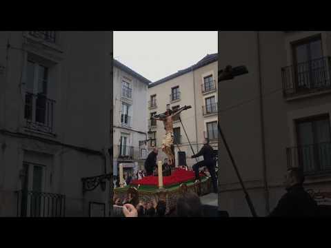 El Cristo de las Santas Gotas se cae y se rompe en plena procesión