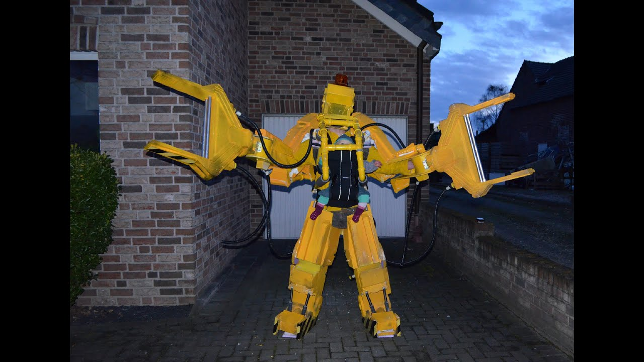 Aliens P5000 Powerloader Baby costume & Aliens P5000 Powerloader Baby costume - YouTube