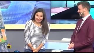 Спонтанни целувки и притеснителни думи в игра на Спорт ТОТО