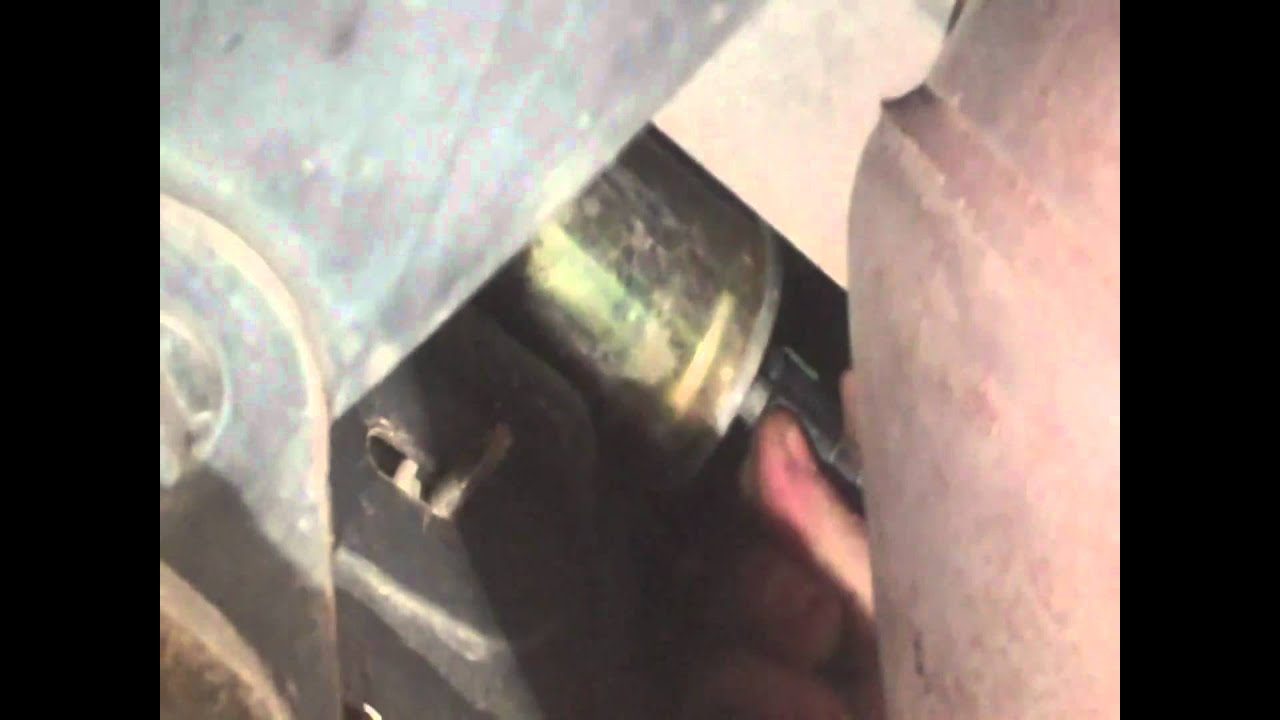 Fuel Filter Replacement 2006 Explorer