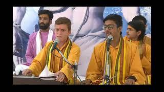 #ganpatibhajan #trendingbhajan Jay Jay Ganpati Gauri Lalna Singer Deepak Mishra