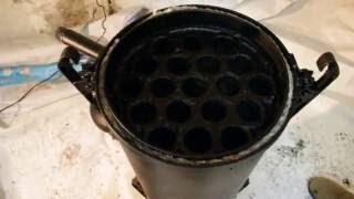 Теплообменник на дымоход из баллона.(Самодельный теплообменник работающий от дымовых газов, из газового баллона.Используется как нагреватель..., 2016-10-16T20:35:24.000Z)