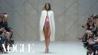Burberry Prorsum Ready to Wear Spring 2013 Vogue Fashion Week Runway Show
