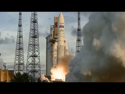 LIVE: Arianespace launches Eutelsat communications satellite to Orbit